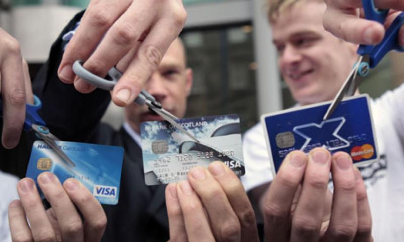 Clienti contro le banche, hanno perso 2,5 milioni di clienti le 5 banche più importanti del Regno Unito